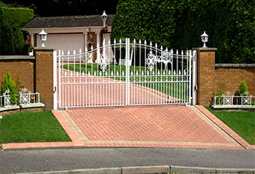 Driveway Gates | Roll Up Door Repair Manhattan, NY