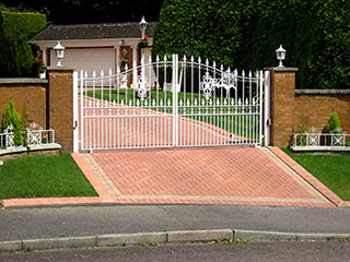 Driveway Gates Service | Roll Up Door Repair Manhattan, NY